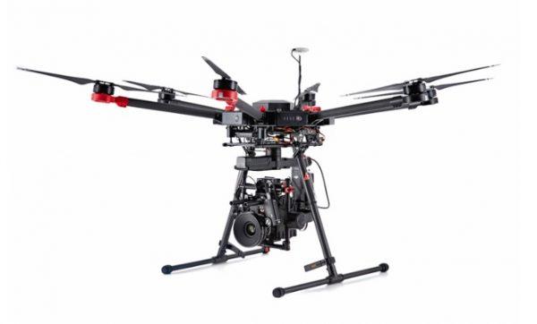 DJI M600 - landing gear down