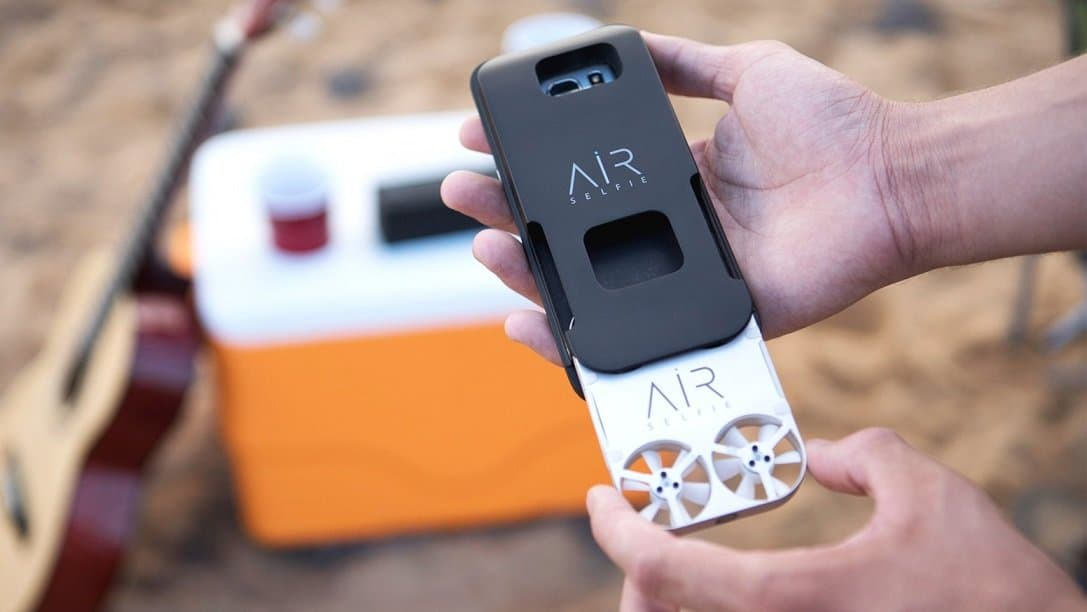 Airselfie drone with FPV Racing